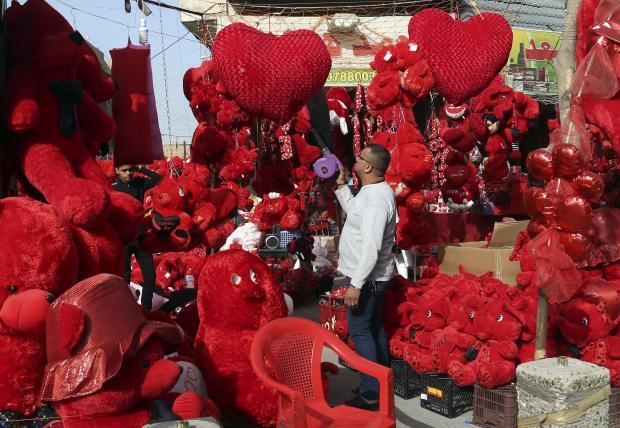 20 مليون دولار هدايا عيد الحب في الكويت