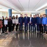 رئيس الدولة يزور فريق القمر الصناعي التونسي تحدي 1
