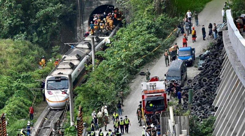 حصيلة جديدة .. 48 قتيلا على الأقل إثر خروج قطار عن السكة داخل نفق في تايوان