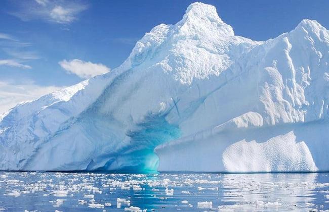 ذوبان جليد القطب الشمالي