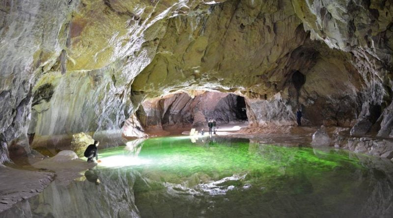 grotte-de-lombrives