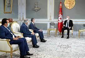 سعيّد يعد بإعادة السيادة للشعب في أقرب الآجال ''في إطار الدستور''